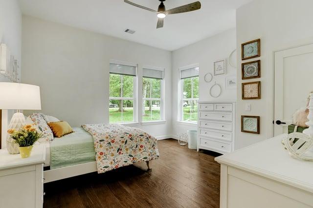 Custom home girls room