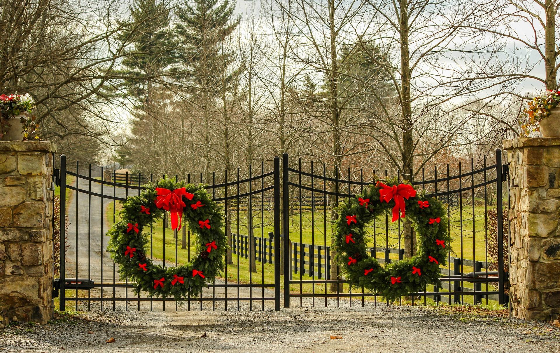 christmas-wreath-573855_1920-1