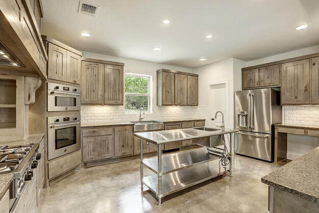 Large open kitchen Heritage Ranch