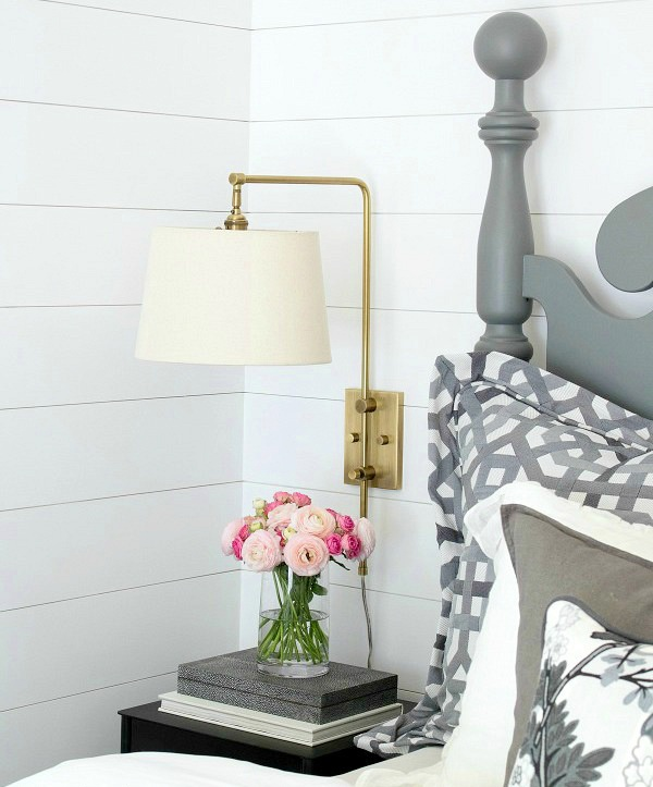 wall_paneling_shiplap_home