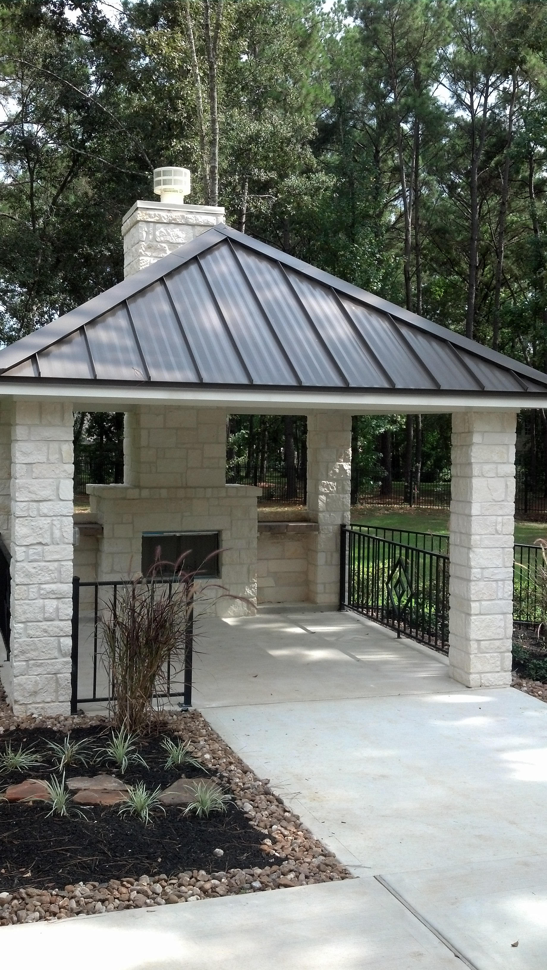 Outdoor_Stone_Gazebo_Kurk_Homes
